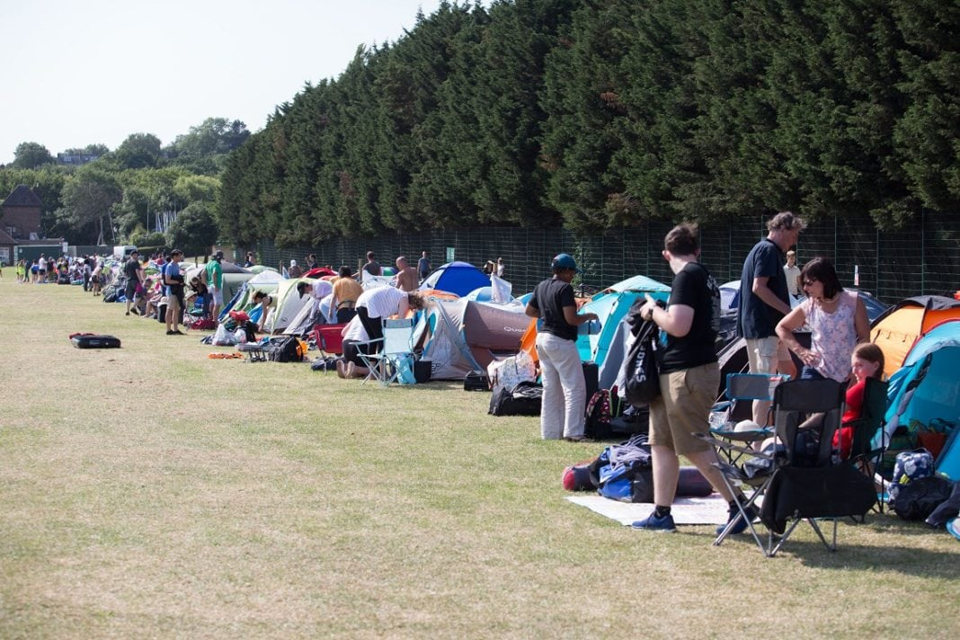 De-Wimbledon-wachtrige-snein-july-1-Fotokredyt-Joe-Newman-Pinpep-Media-1