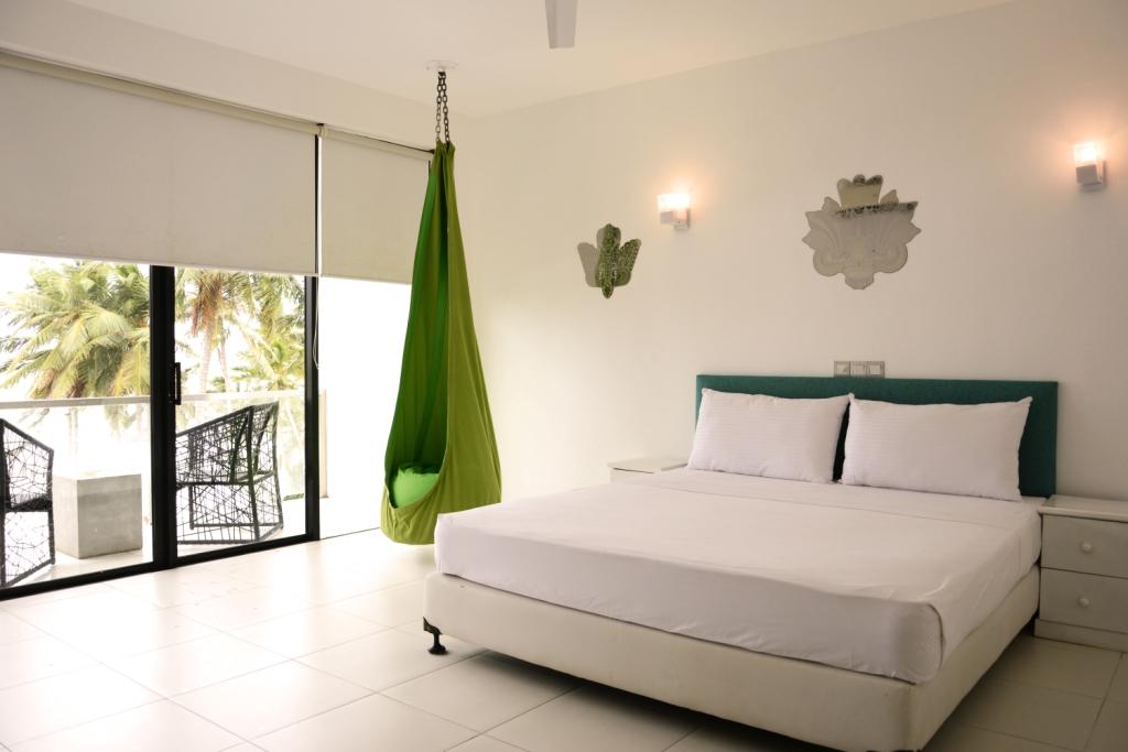 Hotel-J-Ambalangoda-keamer