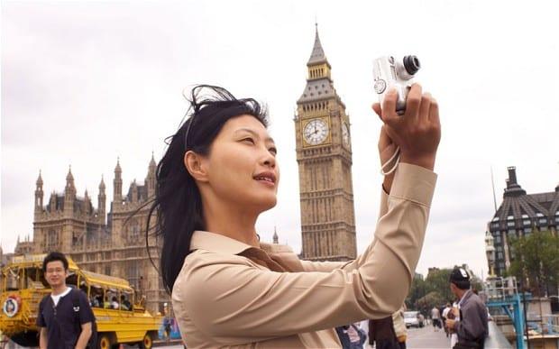 china-tourist_2452071b