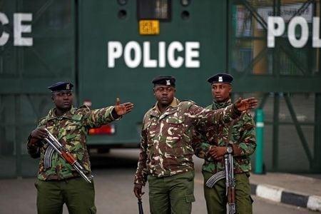 Кенія-міліція-утримуйте-секс-працівник