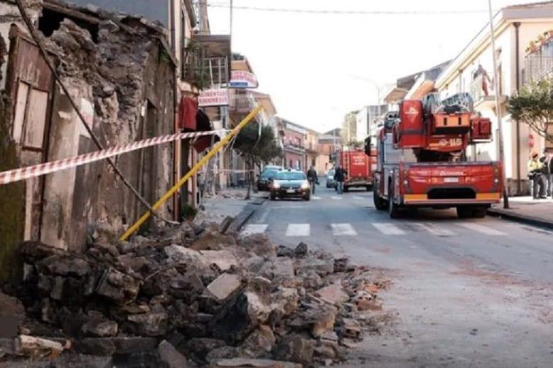 الزلزال 1