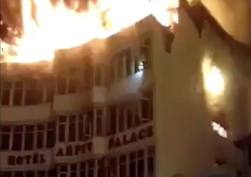 Indian authorities suspend 105 hotel licenses after deadly Delhi hotel fire