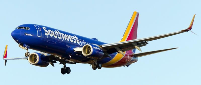 بوينج 737-80