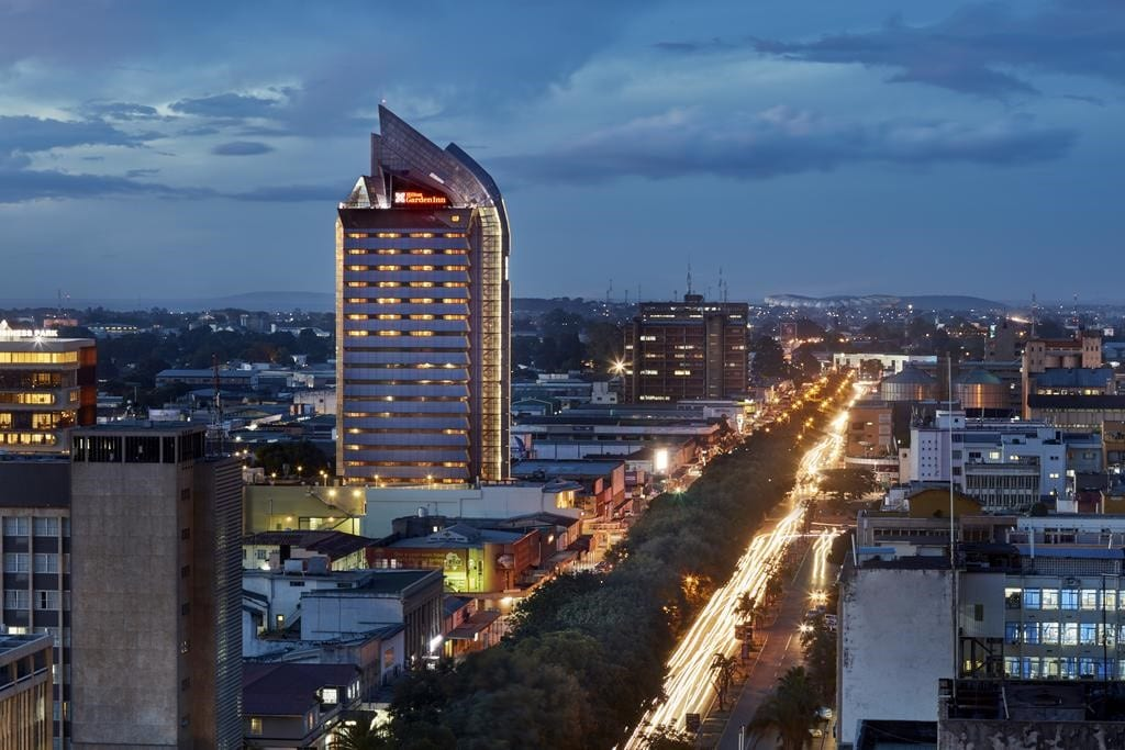 zambia-1-Hilton-Garden-Inn-Lusaka-Zambia-Photo-zdvořilost-of-bookings.com_