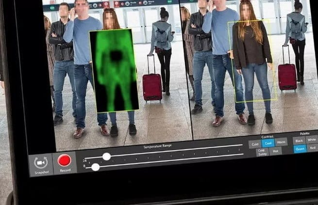"TSA: New airport security scanner poses ""privacy risks"" to passengers"