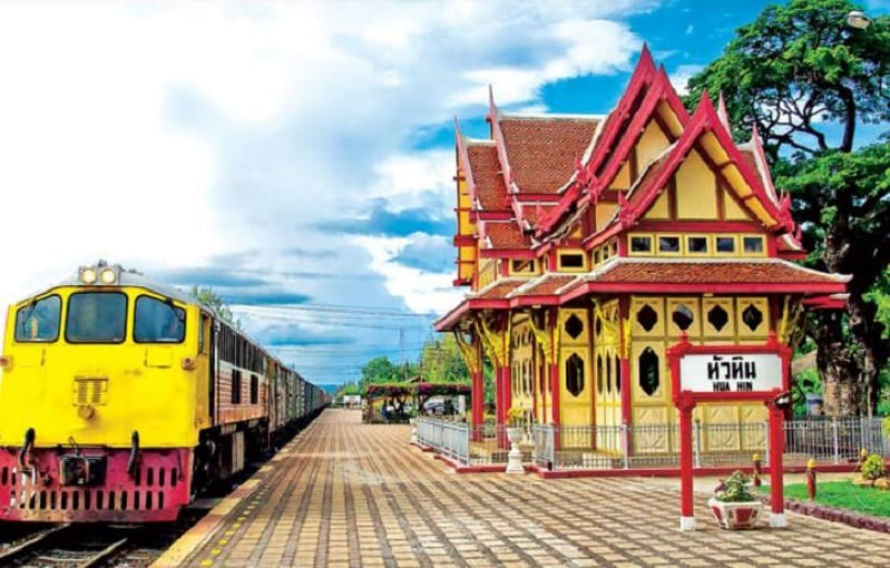 Hua Hin historic sightseeing tram tour visits Centara Grand Beach Resort & Villas Hua Hin