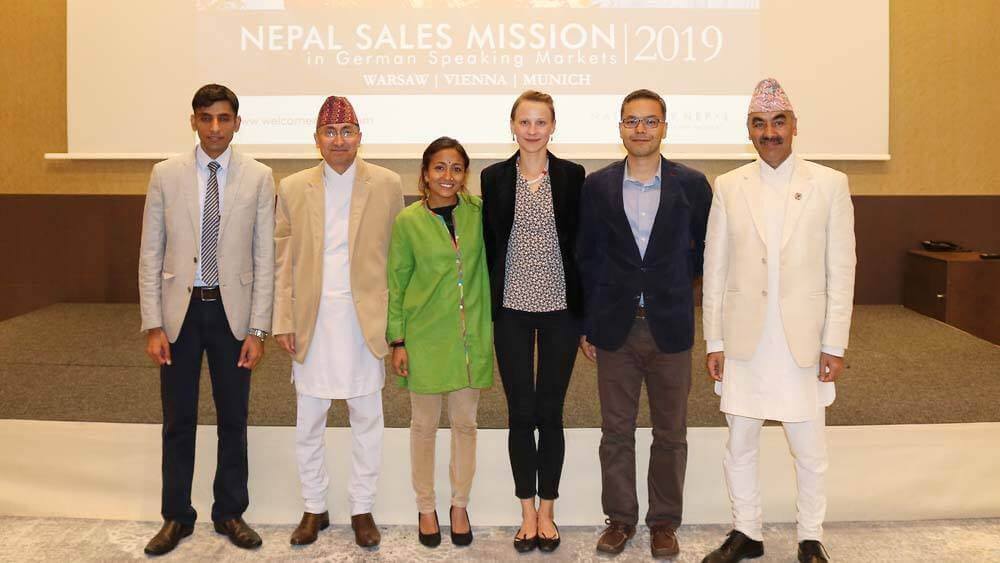 Visit Nepal 2020 brought two of their best to Vienna last night