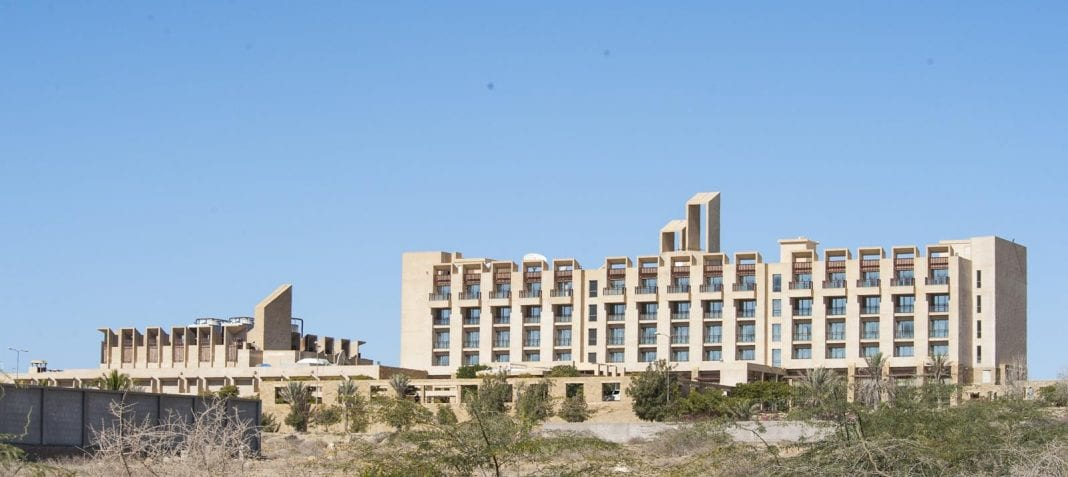 Armed opposers of Chinese investments in Pakistan stormed five star hotel