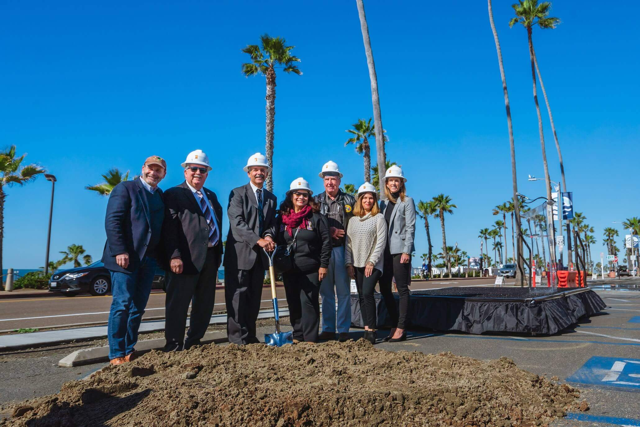 Beach-Resort-Ground-Breaking-2019-00582-pequeño-2