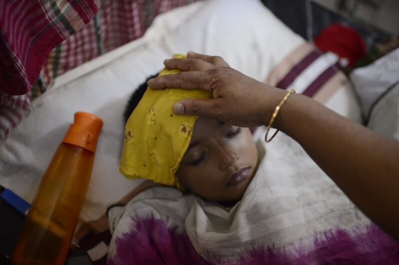 Olona 1,000 XNUMX voamarina tao anatin'ny iray andro: Lozam-pifamoivoizana dengue ratsy indrindra no namely an'i Bangladesh