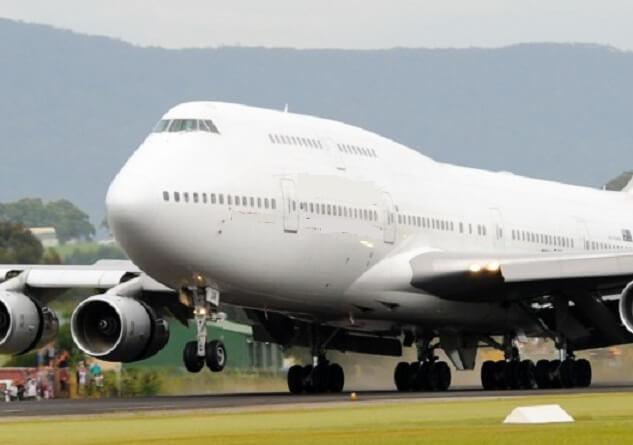 بوئنگ 747