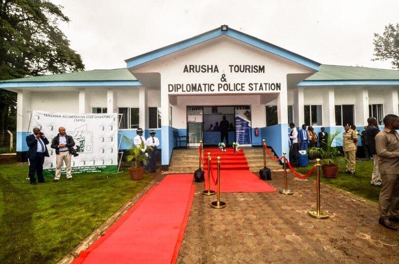 Hoe juridyske en ynstitúsjonele herfoarmingen de feiligens foar toeristen yn Tanzania ferbettere