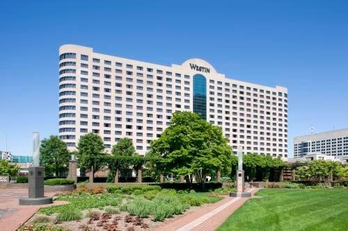 Davidson Hotels & Resorts spravuje The Westin Indianapolis