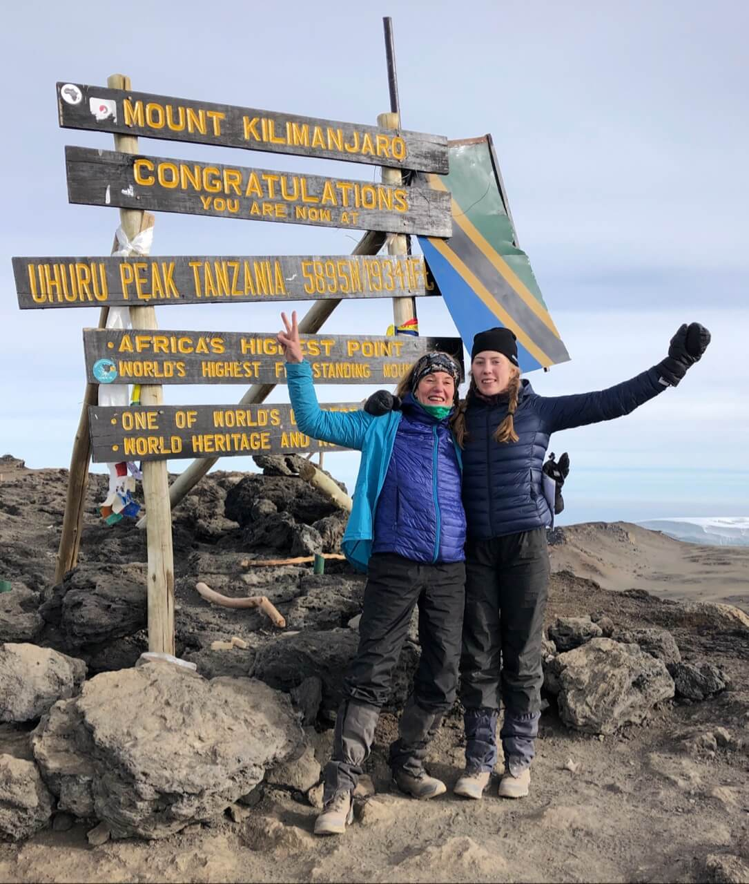 Mount Kilimanjaro is 'kers op' e taart 'en moat natuerlik bliuwe