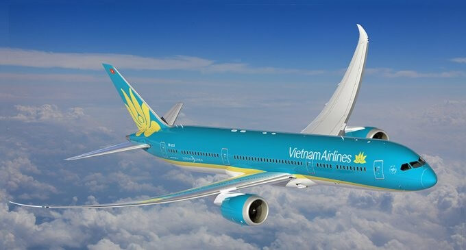 Vietnam Airlines mabur Dreamliner First Boeing 787-10