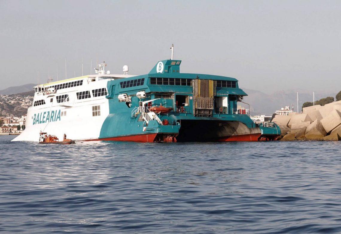 'Incólume e evacuado': 393 turistas resgatados depois que a balsa de Ibiza encalhou