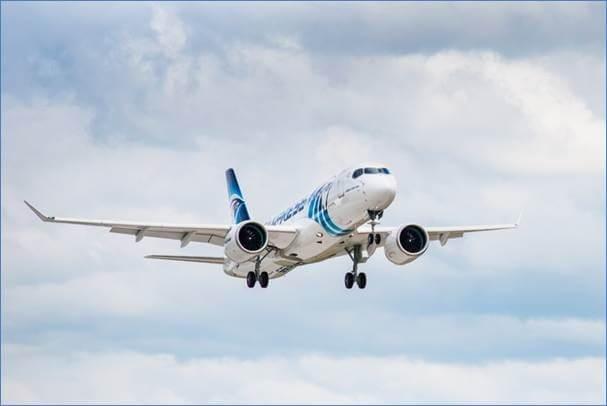 Máy bay Airbus A220-300 đầu tiên của EgyptAir cất cánh