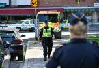 Una donna hà tombu pistoleri mascherati nantu à a spiaggia svedese