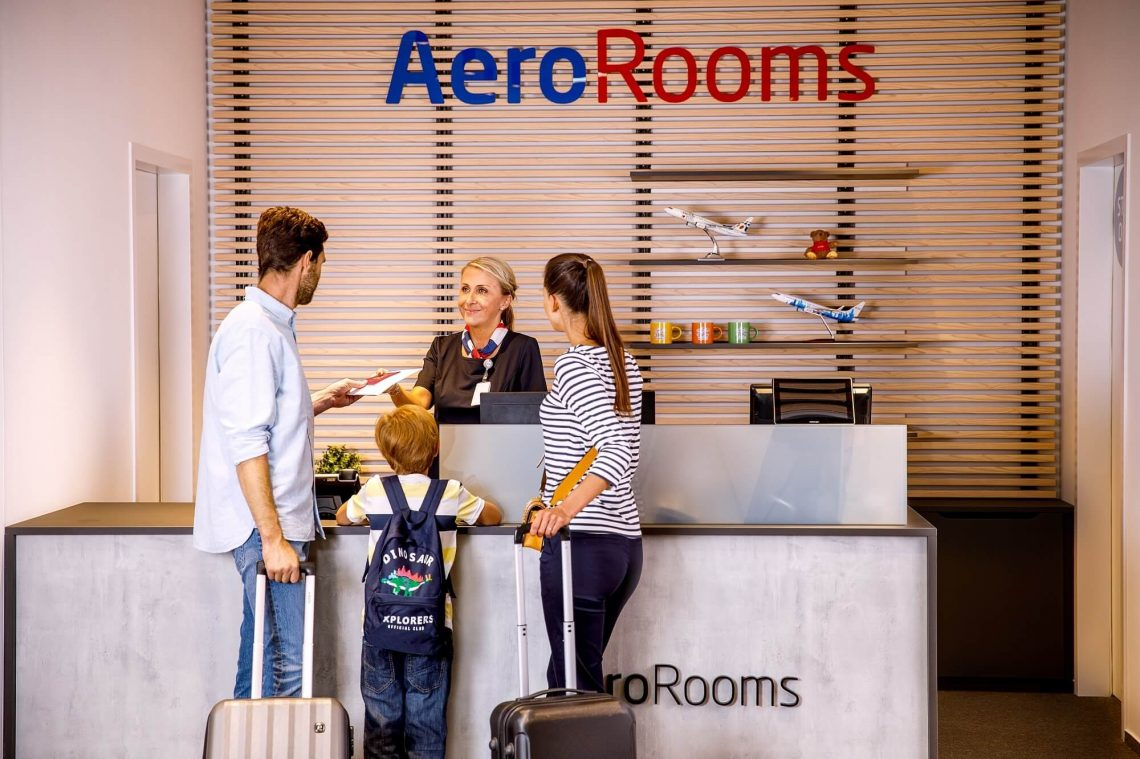Der Prager Flughafen eröffnet das AeroRooms Hotel hinter der Passkontrolle