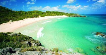 Bermuda er åben for forretning efter orkanen Humberto