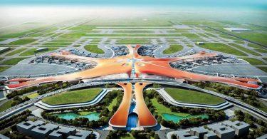 Uzavření nejstaršího čínského letiště v době, kdy se Peking připravuje na otevření největšího leteckého uzlu na světě