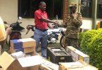 Autoridade de Vida Selvagem de Uganda recebe equipamento de vigilância da Fundação de Conservação de Uganda