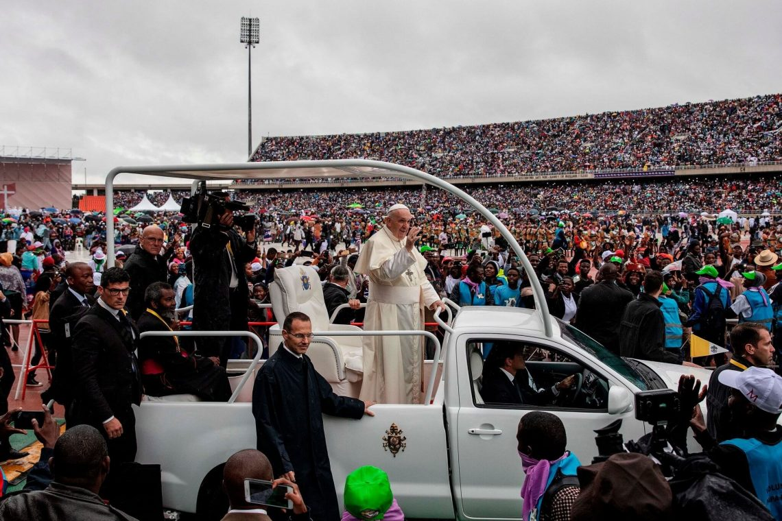 Pope Francis proceeds in touring Southern Africa