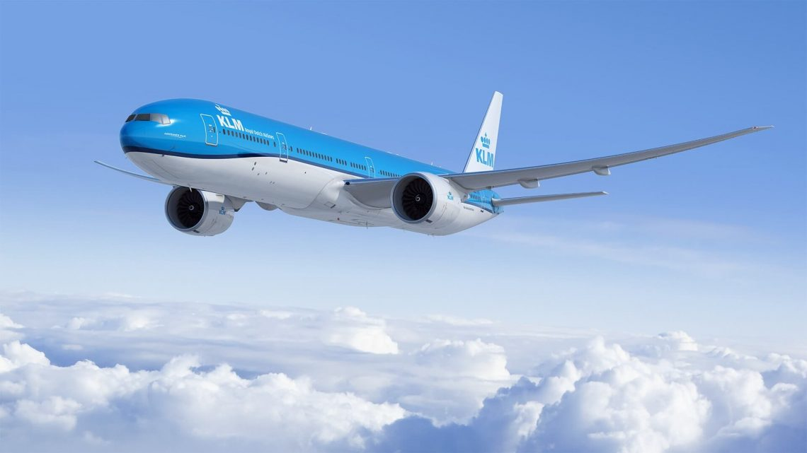 KLM Royal Dutch Airlines ordigas du aviadilojn Boeing 777-300ER