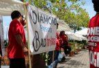 عمال فندق هاواي يحتفلون بعيد العمال بإجراءات ضد Diamond Resorts