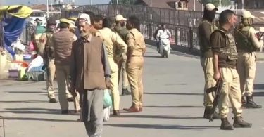 5 people wounded in grenade attack in tourist Kashmir