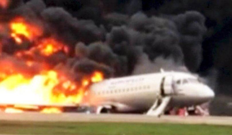 Rusland hævder, at dødbringende Sukhoi Superjet 100-nedbrud ikke påvirkede 'efterspørgsel' efter fly