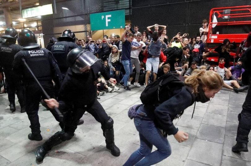 Flights canceled, roads blocked as Catalan protesters target transport infrastructure