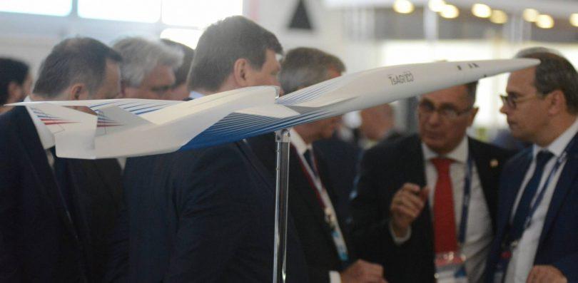 TsAGI předvádí rafinovaný design SSBJ na výstavě MAKS