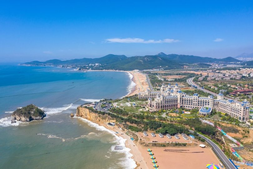 Increasingly pluralistic Dalian Golden Pebble Beach be favored by tourists