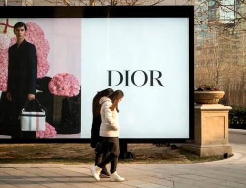 Dior ngagabung sareng Palatih, Versace sareng Givenchy dina 'nyinggung' Cina ka Taiwan