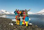 پہلا منظم کریل جزیرے کا دورہ جسے جاپان کے سیاحتی گروپ نے روس کے ذریعہ منسوخ کردیا
