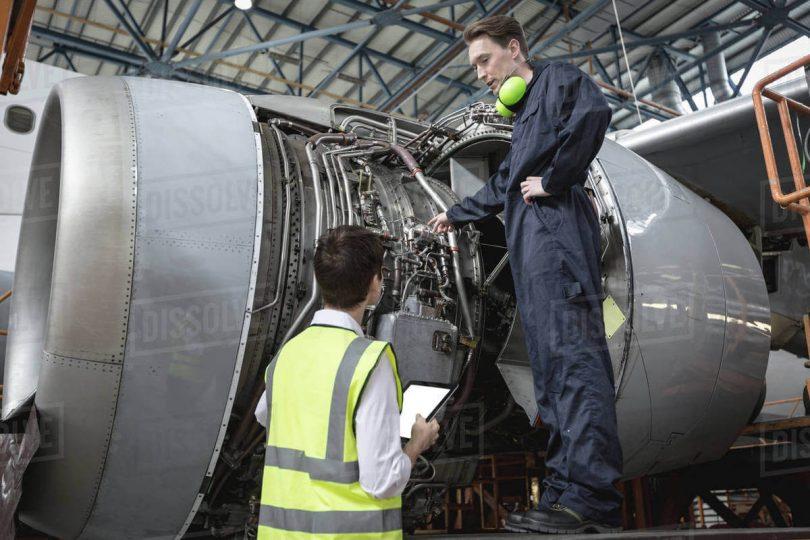 Ingénieurs d'entretien d'aéronefs: engager la prochaine génération