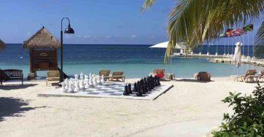 Turvallisempi Jamaikan matkailukohde: Kuinka tämä ainutlaatuinen kumppanuus toimii?