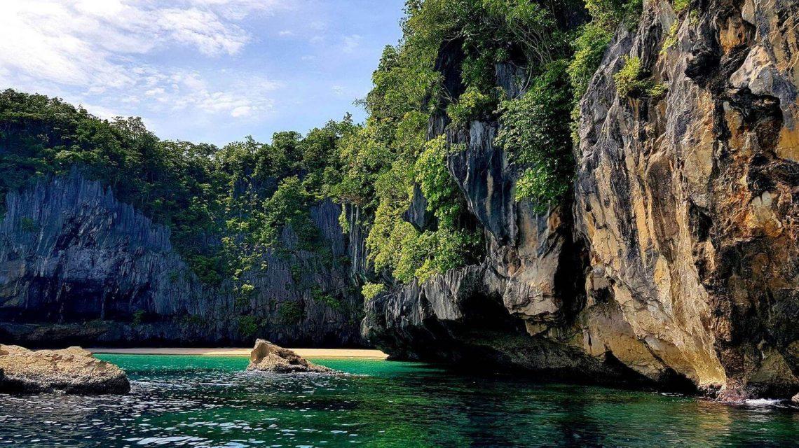 Πώς να απολαύσετε τη θαλάσσια ζωή και τον πλούτο στο Palawan;