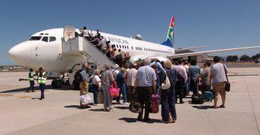 اتحادیه ها از اعتصاب آزمایشی خلبانان هواپیمایی آفریقای جنوبی در میان اتهامات سو رفتار فاحش حمایت می کنند