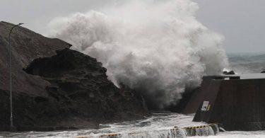Faisnéis Éigeandála na Seapáine do chuairteoirí tar éis Typhoon Hagibis