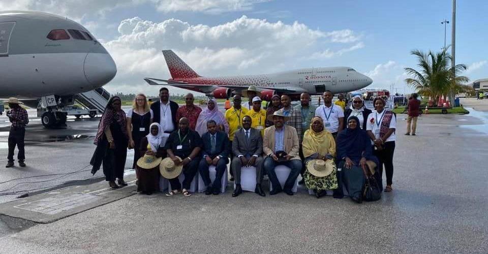 Miarahaba mpizahatany rosiana 500 mahery i Zanzibar amin'ny sidina B747 ara-barotra voalohany