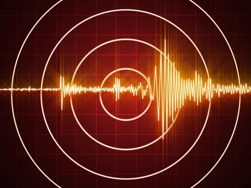 Stærkt jordskælv klipper Tonga, ingen tsunami-advarsel udsendt