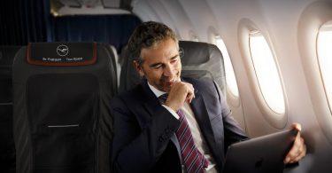 اعتبارًا من عام 2020 ، سيطير عملاء شركة Lufthansa من الشركات بثاني أكسيد الكربون