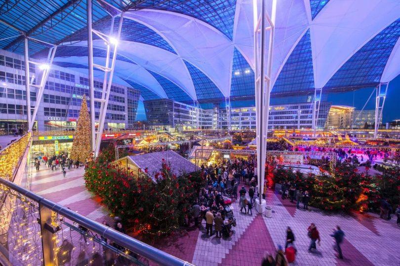 Մյունխենի օդանավակայանը բացում է իր ամենամյա Սուրբ andննդյան և Ձմեռային շուկան