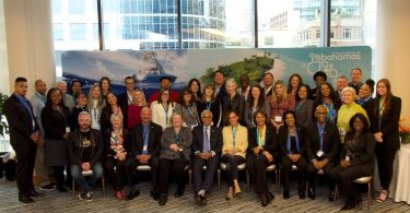 Das Ministerium für Tourismus und Luftfahrt der Bahamas schließt sich mit der Delegation von VIP-Hotels und Reiseveranstaltern zusammen, um den größten Medienblitz in der Geschichte von BTO Canada zu erzielen