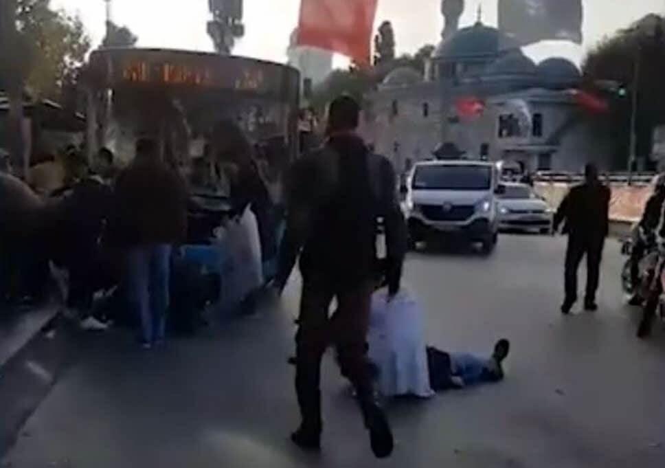 Treze pessoas feridas em ataque de ônibus terrorista em Istambul