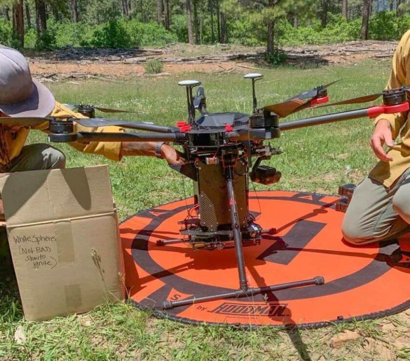 """Yhdysvalloissa syytetään Kiinassa valmistettuja droneja, Kiina kutsuu sitä """"väärinkäytöksi ja syrjiväksi"""""""