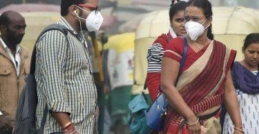 شركة AirAsia India توزع أقنعة ضد الضباب الدخاني على الركاب على متن رحلات نيودلهي