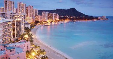 Hotely Hawaii: Fibodoana sy fidiram-bola amin'ny Oktobra